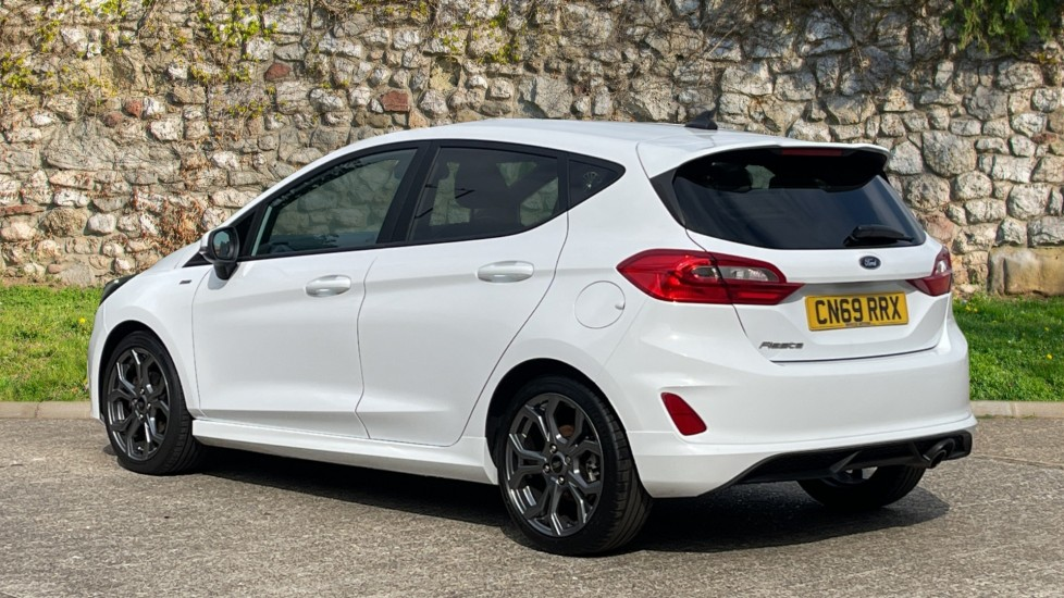 Ford Fiesta 1.0 EcoBoost ST-Line 5dr with DAB Radio and Keyless Start image 5