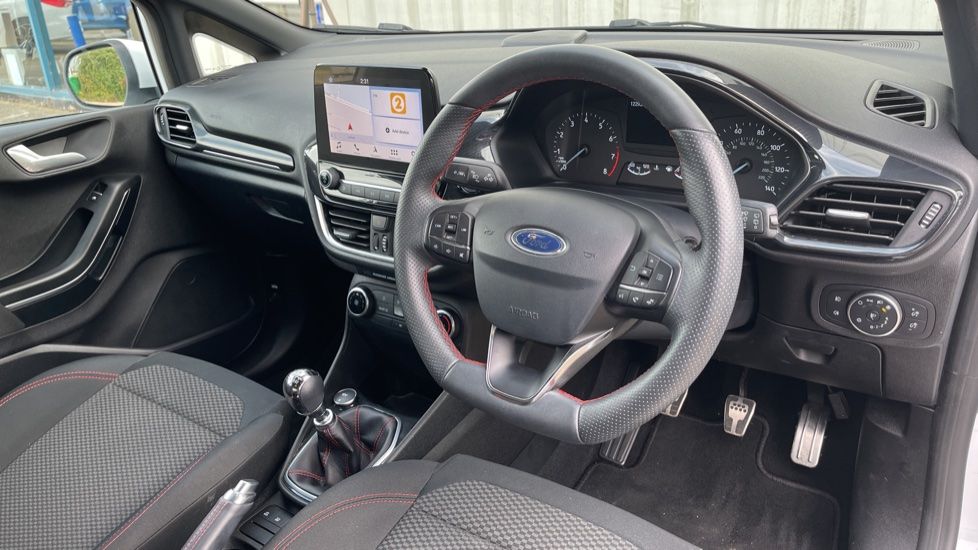 Ford Fiesta 1.0 EcoBoost ST-Line 5dr with DAB Radio and Keyless Start image 9