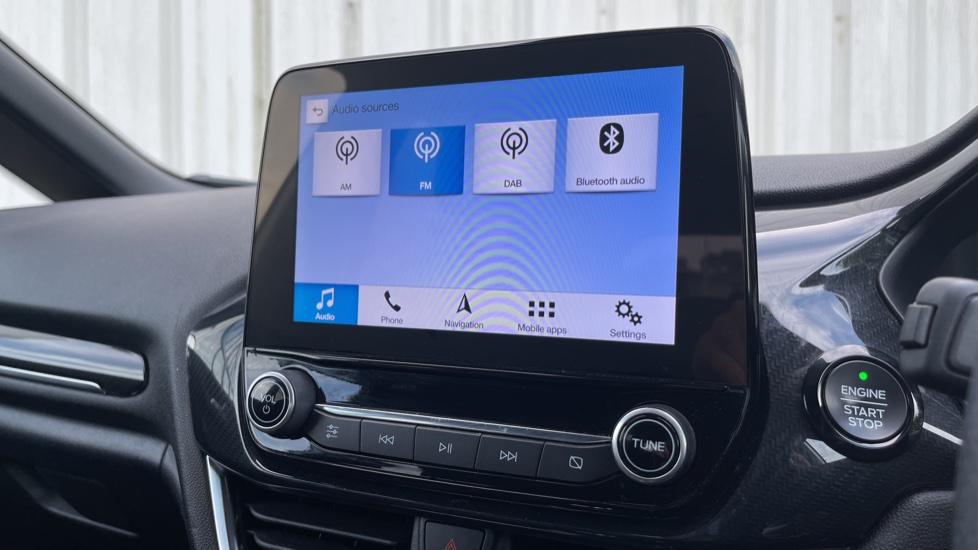 Ford Fiesta 1.0 EcoBoost ST-Line 5dr with DAB Radio and Keyless Start image 24