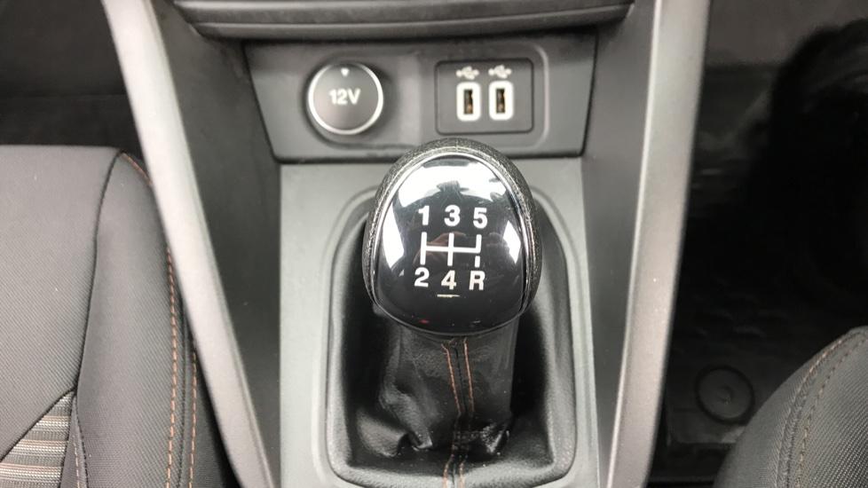 Ford KA Plus 1.2 85 Active 5dr image 17