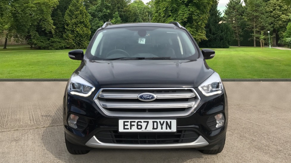 Ford Kuga 1.5 TDCi Titanium 2WD with Navigation and Cruise Control image 2