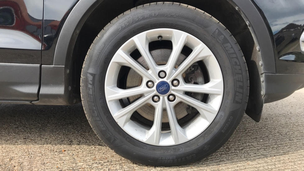 Ford Kuga 1.5 TDCi Titanium 2WD with Navigation and Cruise Control image 8