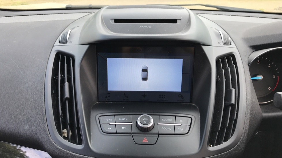 Ford Kuga 1.5 TDCi Titanium 2WD with Navigation and Cruise Control image 15
