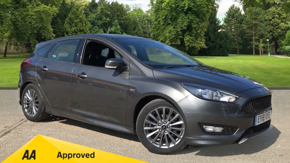 Ford Focus 1.0 EcoBoost 140 ST-Line Navigation 5dr with Sports Suspension, Bluetooth and DAB Radio Hatchback (2018)