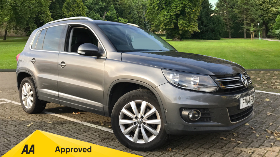 Volkswagen Tiguan 2.0 TDi BlueMotion Tech Match 5dr DSG Diesel Automatic MPV (2014) image