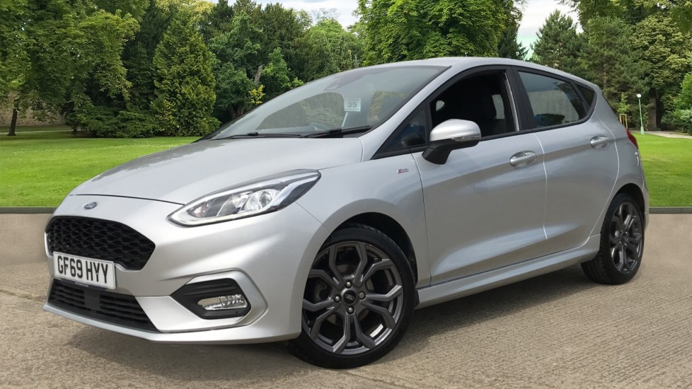 Ford Fiesta 1.0 EcoBoost ST-Line 5dr with DAB Radio and Keyless Start image 3