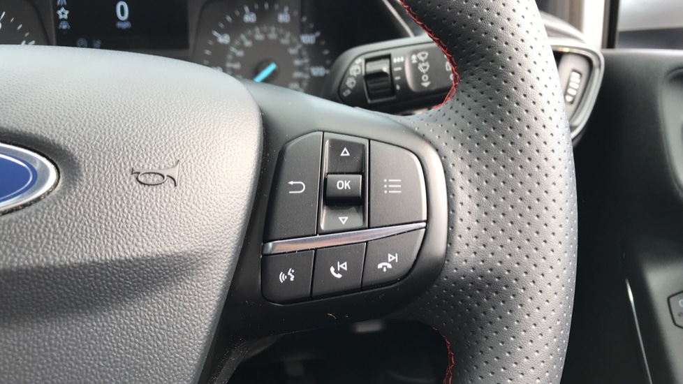 Ford Fiesta 1.0 EcoBoost ST-Line 5dr with DAB Radio and Keyless Start image 19