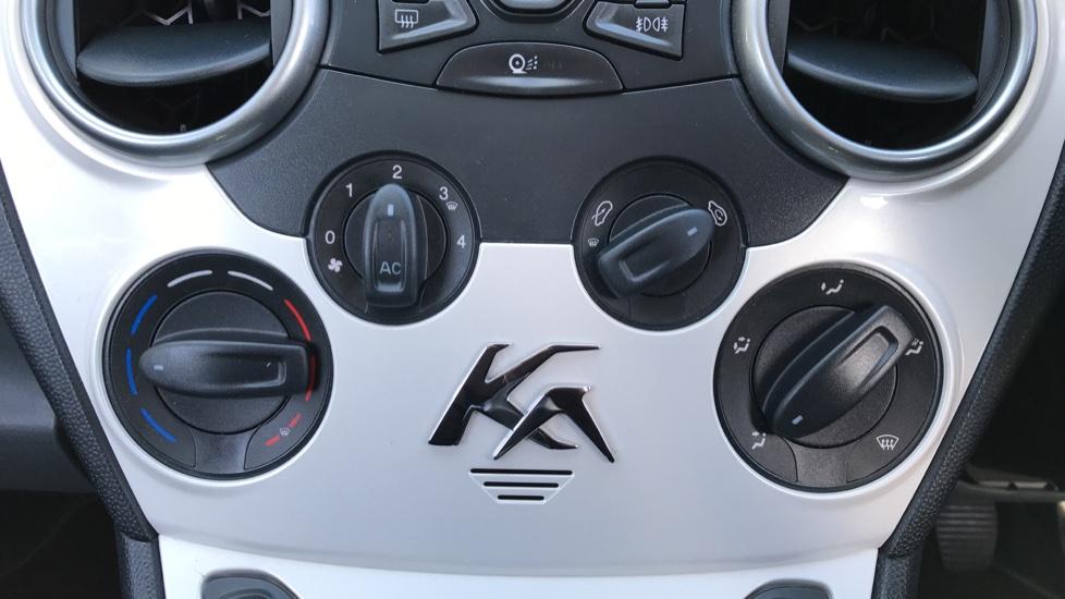 Ford Ka 1.2 Zetec [Start Stop] image 16