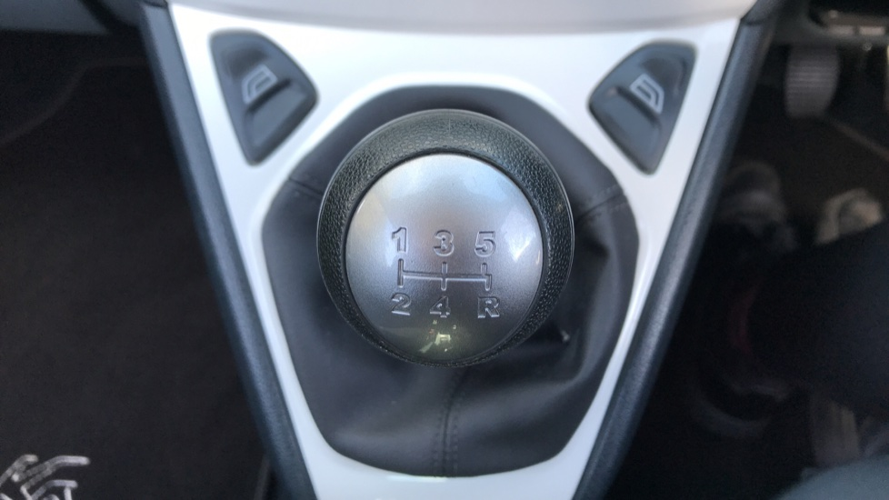 Ford Ka 1.2 Zetec [Start Stop] image 17