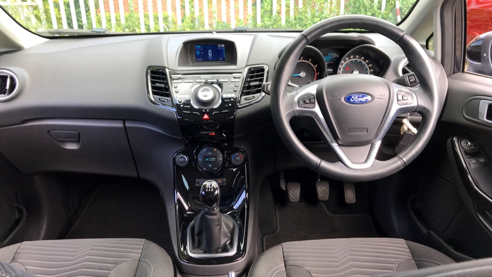 Ford Fiesta 1 0 EcoBoost 125 Titanium 5dr Hatchback (2014) at Ford  Canterbury