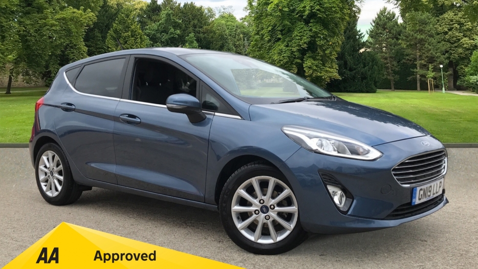 Ford Fiesta 1.0 EcoBoost 125 Titanium 5dr with Navigation and Cruise Control Hatchback (2019)
