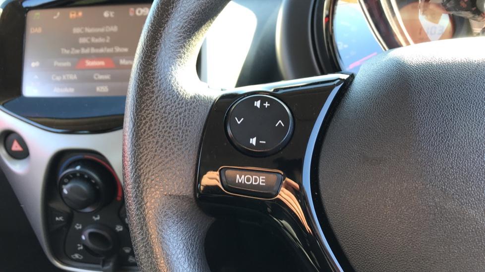 Peugeot 108 1.0 Active 5dr image 18