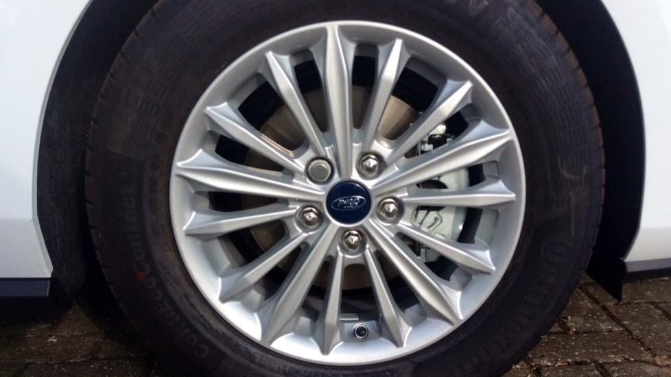Ford Focus 1.5 EcoBlue 120 Titanium [Nav] 5dr image 8