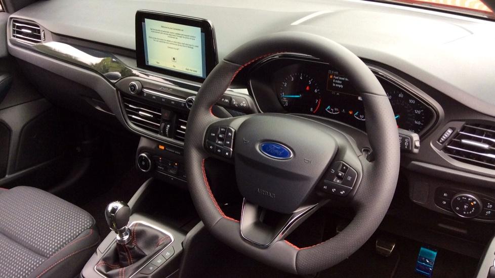 Ford Focus 1.0 EcoBoost 125 ST-Line 5dr image 10