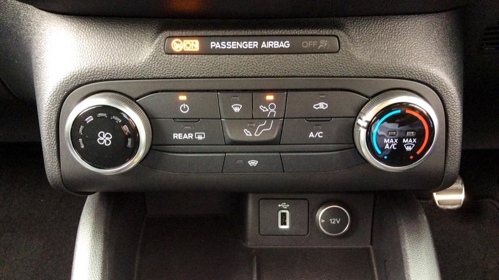 Ford Focus 1.0 EcoBoost 125 ST-Line 5dr image 14