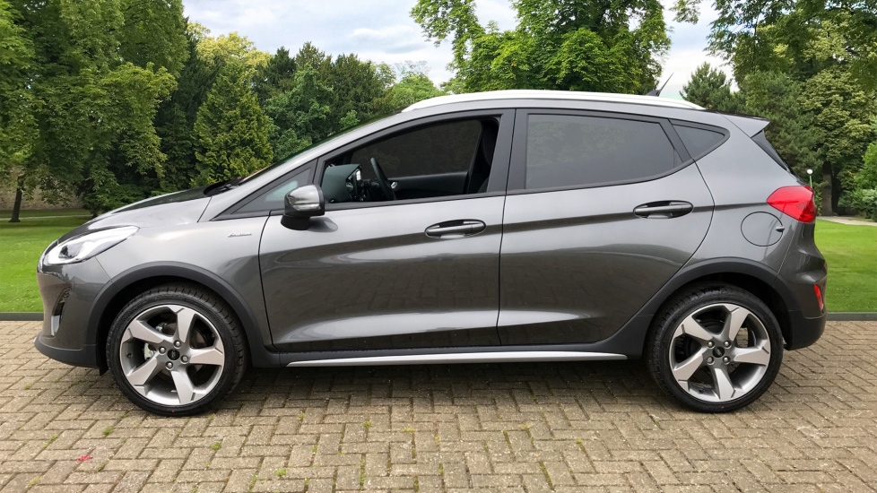 Ford Fiesta 1.0 EcoBoost Active 1 5dr image 4