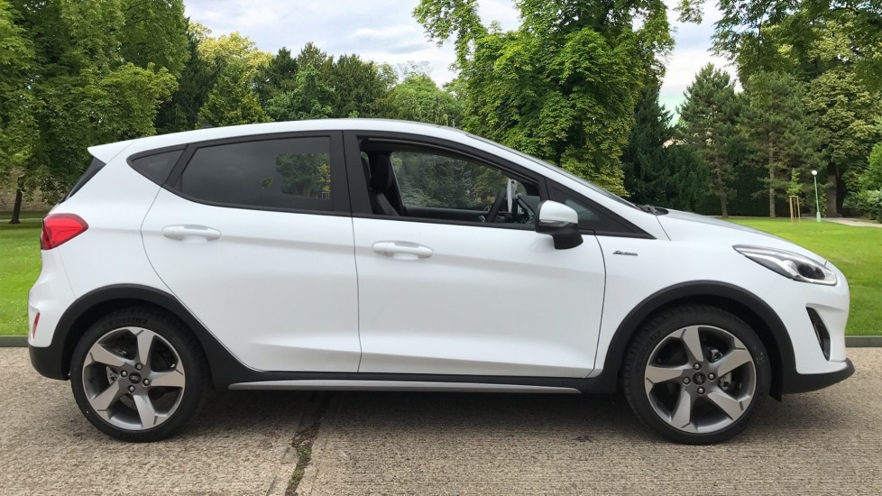 Ford Fiesta 1.0 EcoBoost 140 Active X 5dr image 4