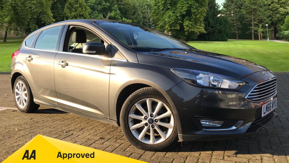 Ford Focus 1.0 EcoBoost 125 Titanium [Nav] Powershift Automatic 5 door Hatchback (2016) image