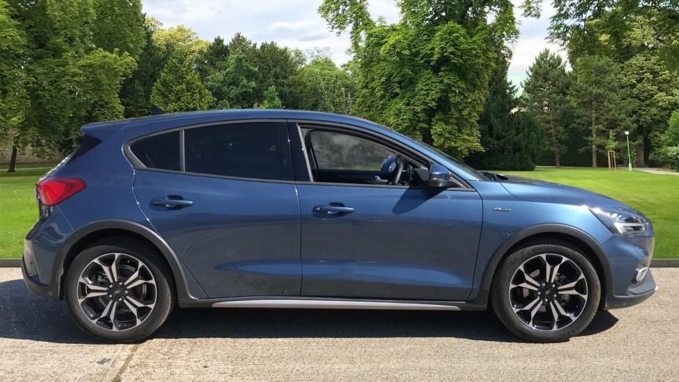 Ford Focus 1.0 EcoBoost Hybrid mHEV 125 Active X Edition 5dr image 4