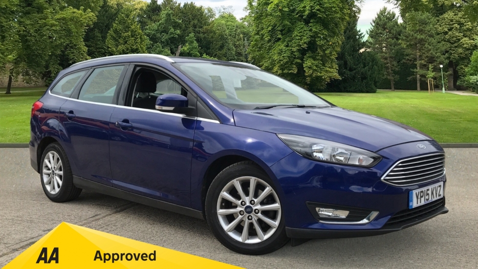 Ford Focus 1.6 125 Titanium 5dr Powershift with Navigation and Rear Parking Sensors Automatic Estate (2015)
