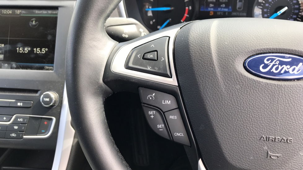 Ford Mondeo 1.5 TDCi ECOnetic Zetec 5dr with Cruise Control and DAB Radio image 18