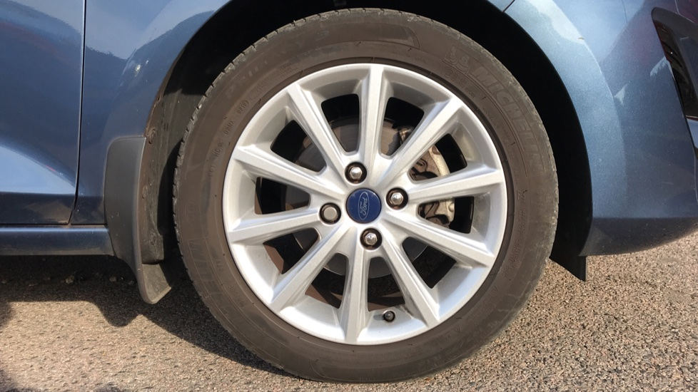 Ford Fiesta 1.0 EcoBoost Titanium 5dr with Navigation and Cruise Control image 8