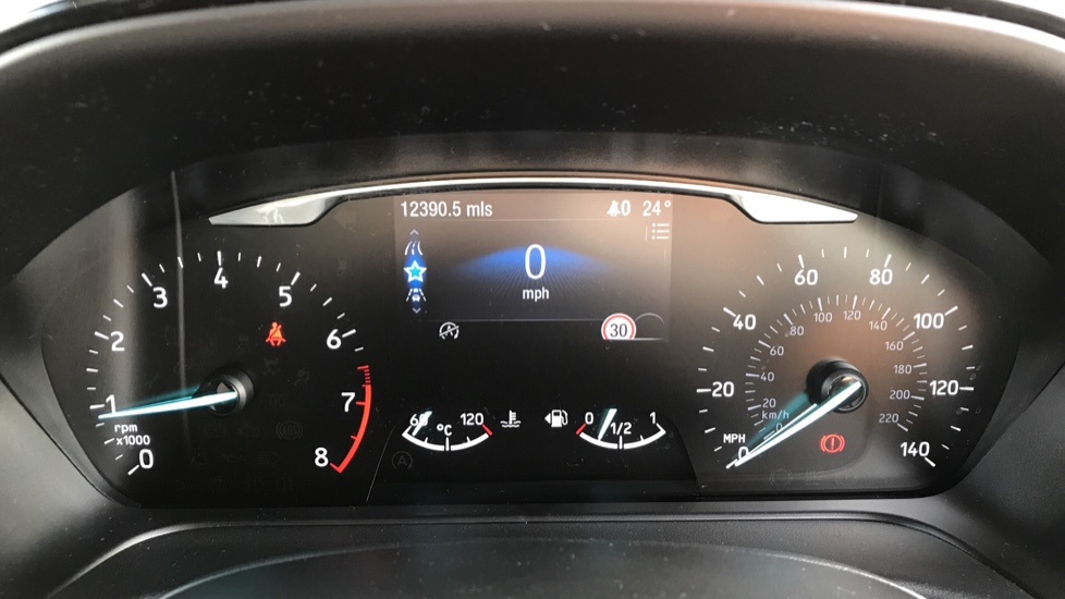 Ford Fiesta 1.0 EcoBoost Titanium 5dr with Navigation and Cruise Control image 14