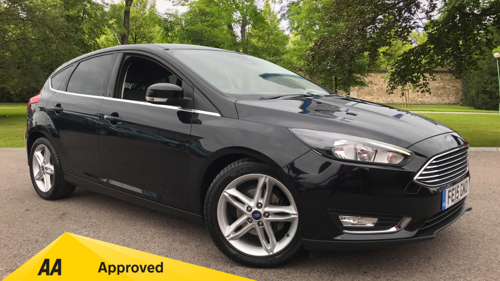 Ford Focus 1.6 125 Titanium [Nav] Powershift Automatic 5 door Hatchback (2015) at Ford Thanet thumbnail image