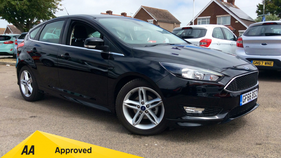 Ford Focus 1.0 EcoBoost 125 Zetec S 5dr Hatchback (2016) at Ford Thanet thumbnail image