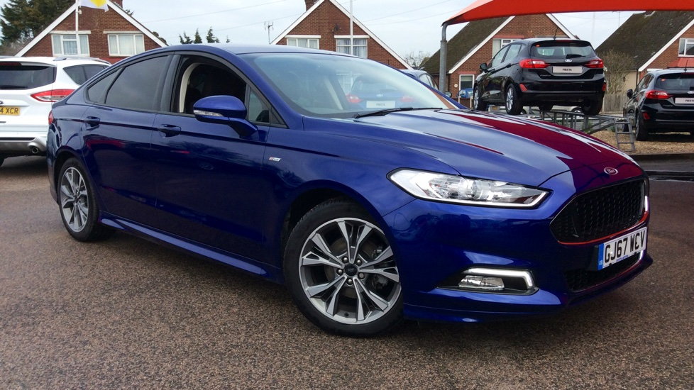 Ford Mondeo 2.0 TDCi 180 ST-Line Powershift Diesel Automatic 5 door Hatchback (2017) image