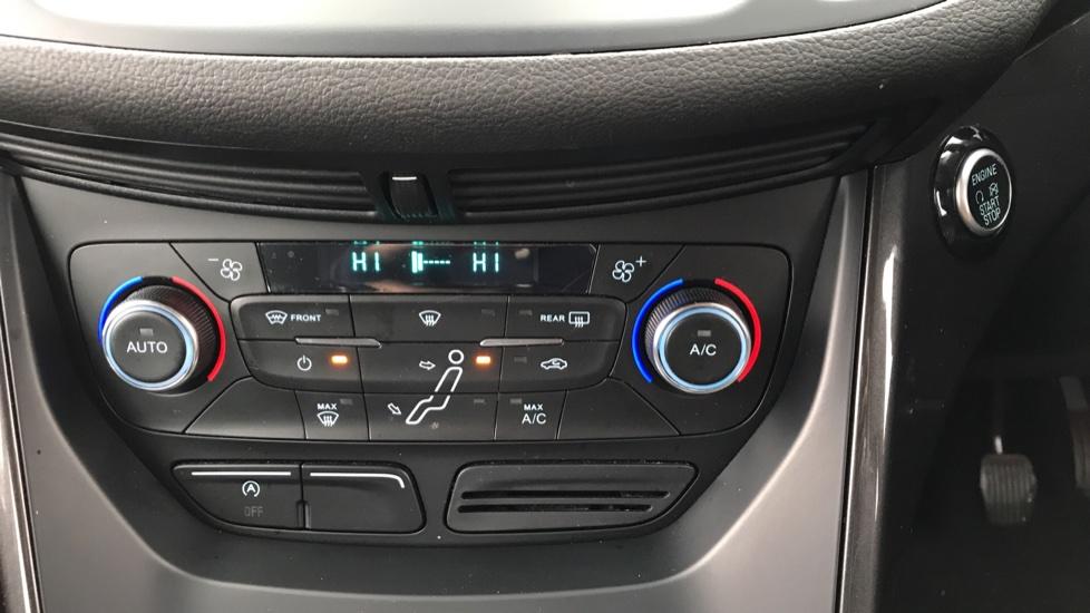 Ford C-MAX 1.0 EcoBoost Titanium 5dr image 16