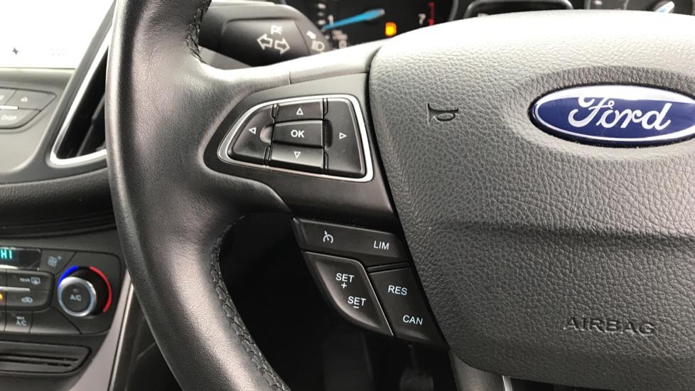 Ford C-MAX 1.0 EcoBoost Titanium 5dr image 18
