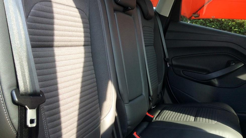 Ford Kuga 2.0 TDCi 180 Titanium 5dr image 9