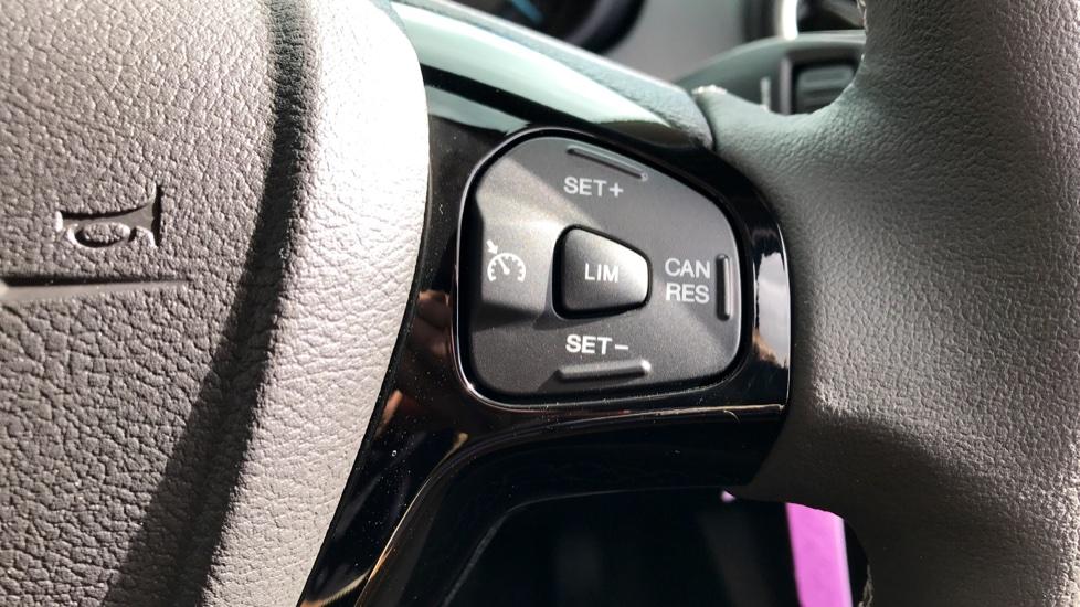 Ford KA Plus 1.2 85 Zetec 5dr image 17