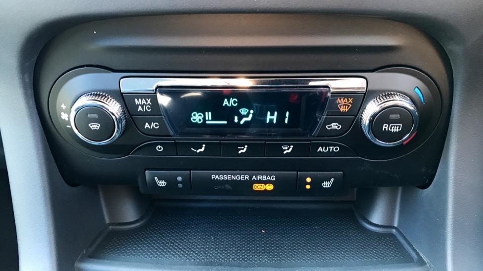 Ford KA Plus 1.2 85 Zetec 5dr image 14