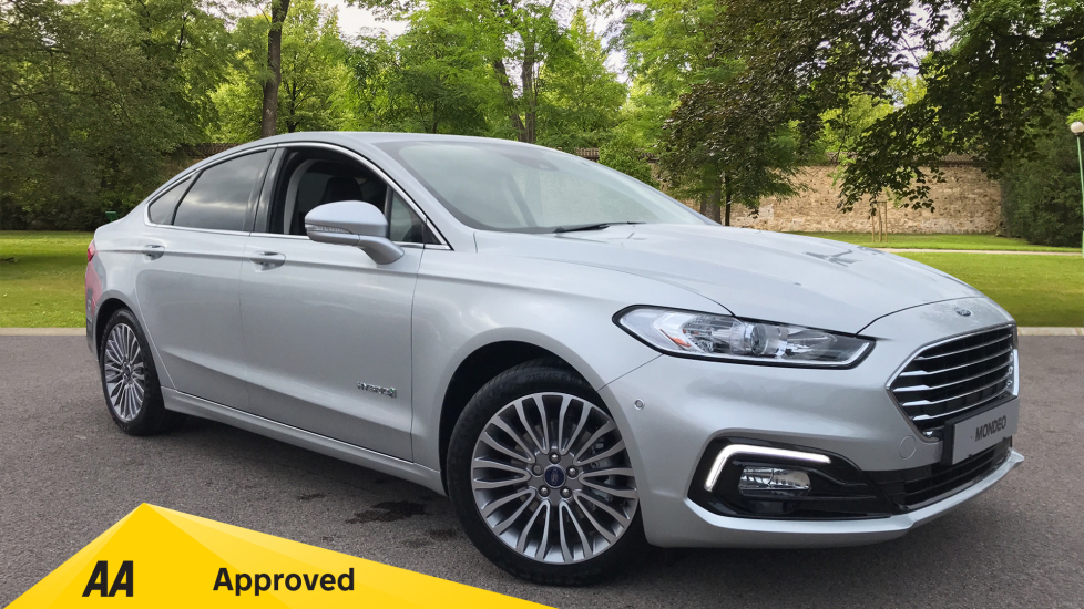 Ford Mondeo MONDEO TITANIUM 2.0 HEV 187PS Petrol/Electric Automatic 4 door Saloon (2020)