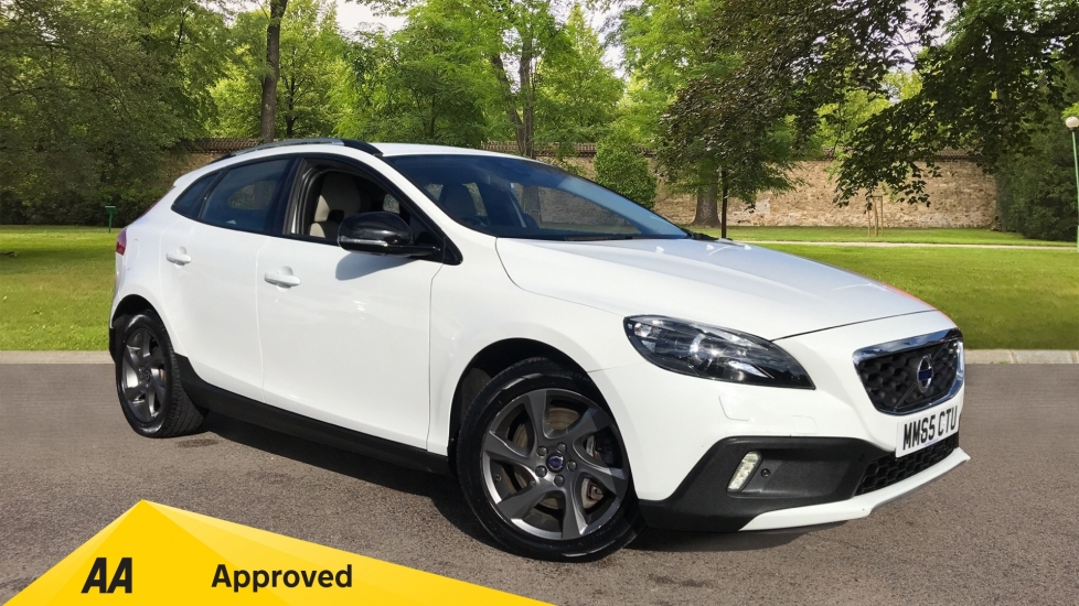 Volvo V40 D2 [120] Cross Country Lux Geartronic 2.0 Diesel Automatic 5 door Hatchback (2015)