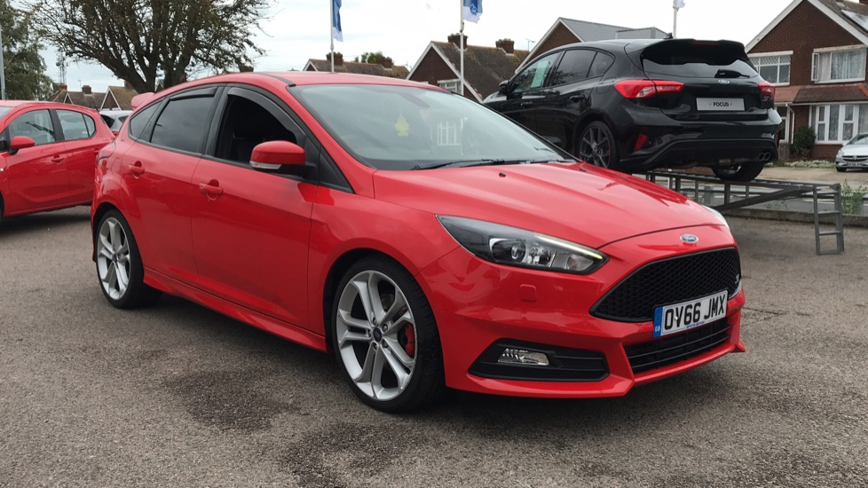 Ford Focus 2.0 TDCi 185 ST-3 5dr Diesel Hatchback (2016) at Ford Thanet thumbnail image