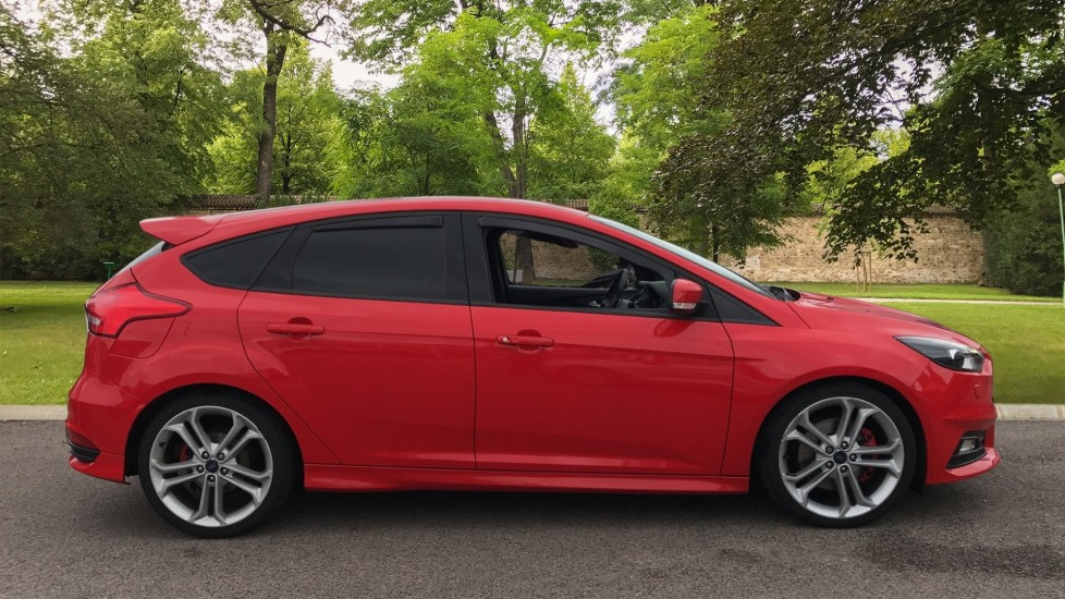 Ford Focus 2.0 TDCi 185 ST-3 5dr image 4