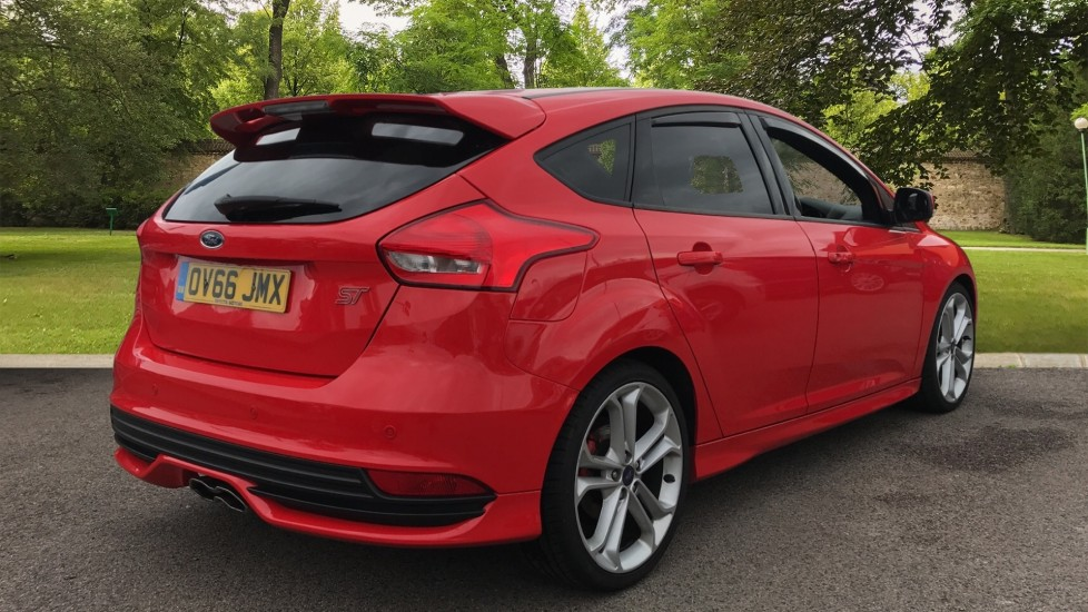 Ford Focus 2.0 TDCi 185 ST-3 5dr image 5