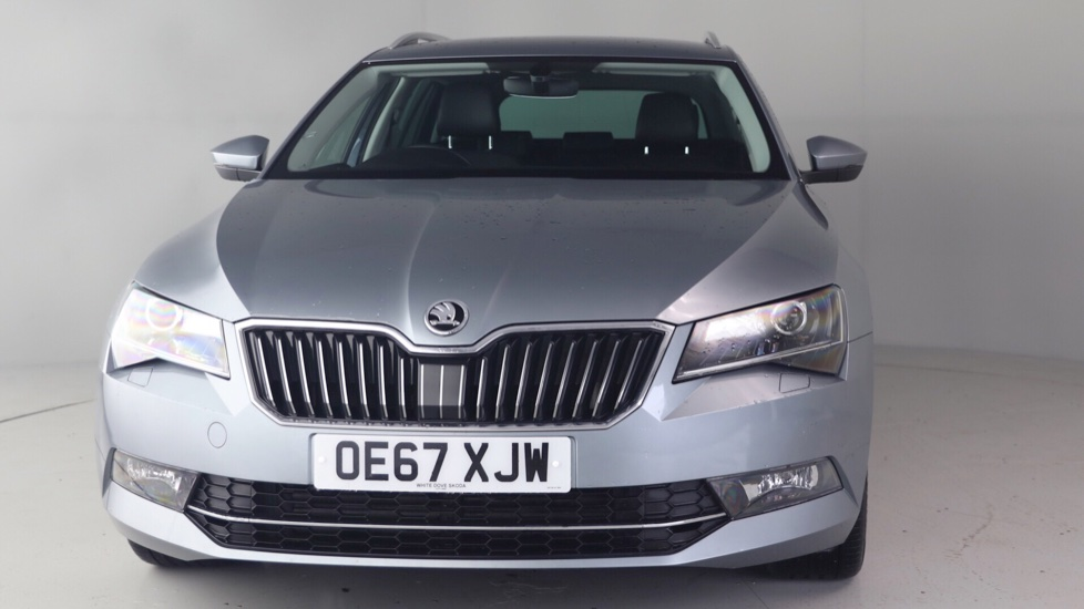 skoda superb estate 2 0 tdi se l executive dsg 20 795. Black Bedroom Furniture Sets. Home Design Ideas