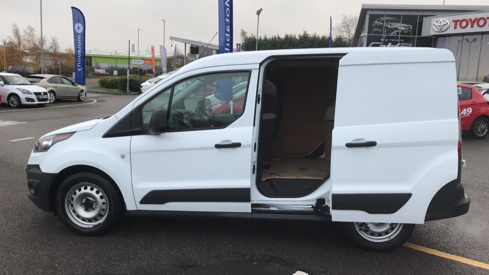 https://eu.cdn.autosonshow.tv/3236/toyotaretail/CP17TWL/FORD__TRANSIT_CONNECT__220_P-V__DIESEL__WHITE__2017__CP17TWL-e21.jpg