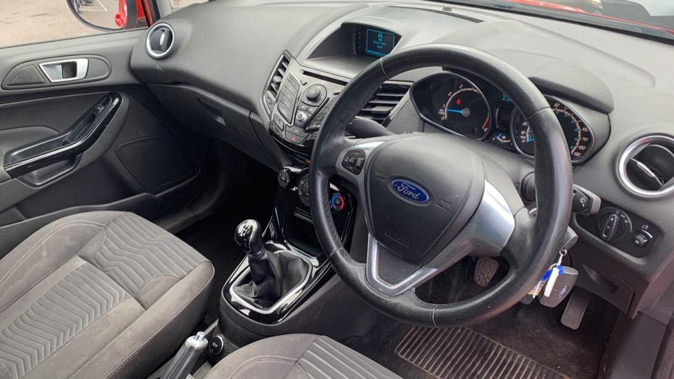 Ford Fiesta 1.25 82 Zetec 5dr image 12