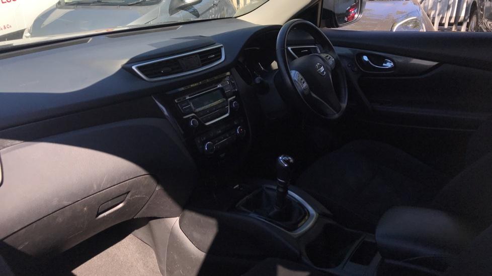 Nissan X-Trail 1.6 DiG-T Acenta 5dr image 13