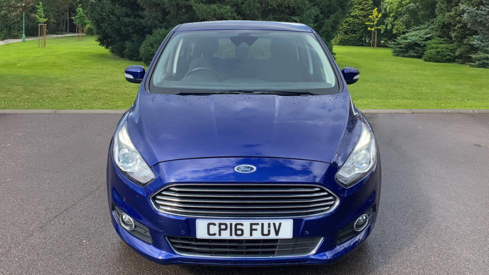 Ford S-MAX 1.5 EcoBoost Titanium 5dr image 2