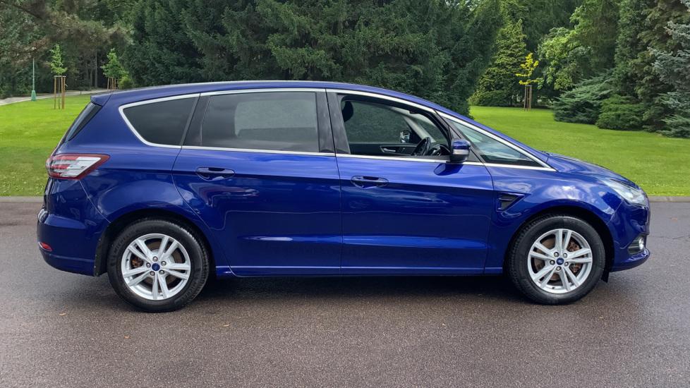 Ford S-MAX 1.5 EcoBoost Titanium 5dr image 4
