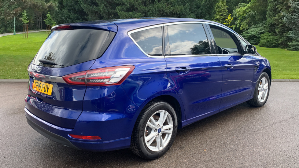 Ford S-MAX 1.5 EcoBoost Titanium 5dr image 5