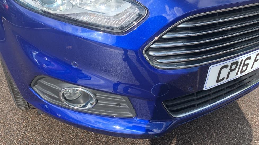 Ford S-MAX 1.5 EcoBoost Titanium 5dr image 22