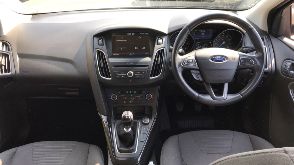 Ford Focus 1.5 TDCi 120 Titanium [Nav] 5dr image 11