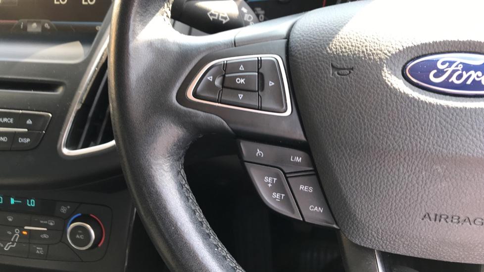 Ford Focus 1.5 TDCi 120 Titanium [Nav] 5dr image 18